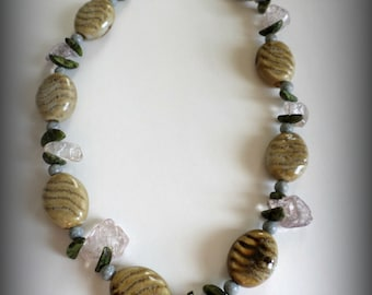 Earthy Necklace. Outdoor theme. Gifts for her. Beaded Necklace. Holiday Gift. Christmas Gift. Quartz necklace. Leaf necklace Flower necklace