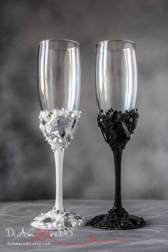 Mr Amp Mrs Wedding Toasting Glasses Crystals Black And White
