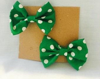 Green with white polka dots hair clip, hair bow, single prong clip, barrette,