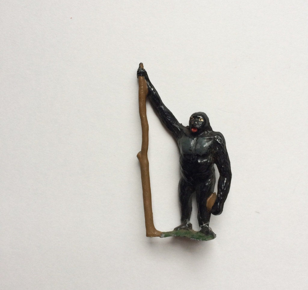 Miniature lead king kong ape gorilla figurine antique - Gorilla figurines ...