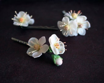 flower pins with apple blossom