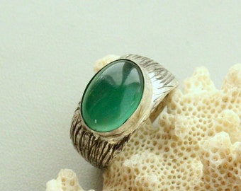 Chrysoprase ring  ,Sterling silver 925, Handcrafted Ring