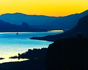 Sunrise on the Columbia River Gorge (from Women's Forum)