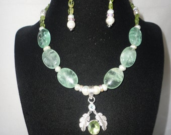 Flourite Green Peridot Silver Pendant Necklace********.
