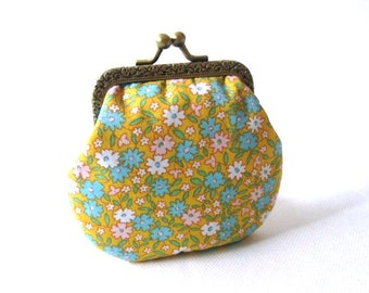 Frame coin pouch, blue yellow cotton fabric, bronze kiss lock clasp, metal change purse