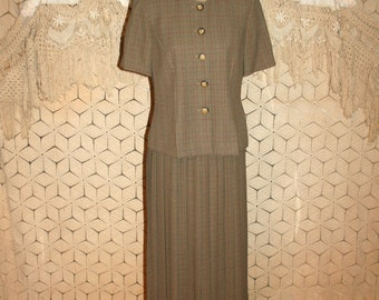 Vintage 80s 90s 2 Piece Suit Dress Pleated Skirt Suit Short Sleeve Womens Dresses Small Medium Leslie Fay Vintage Clothing Womens Clothing