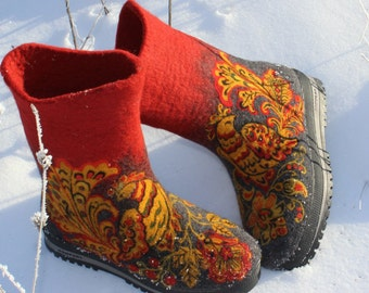 Male felt boots Woolen shoes Christmas design shoe KHOKHLOMA Russian Valenki Men's winter footwear Traditional felt Boho Russian Folklore