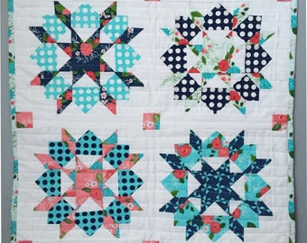 Swoon Mini Quilt - Gooseberry Fabric