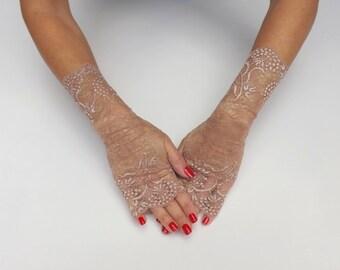 Bronze lace gloves. Fingerless gloves. Rose gold gloves. Bridal gloves. Lace mittens. Golden gloves. Evening gloves. Foraml gloves.