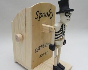 Dancing Skeleton Automaton