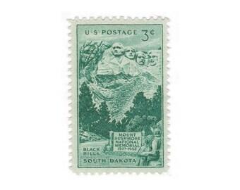 10 Unused Vintage Postage Stamps - 1952 3c Mount Rushmore - South Dakota - Item No. 1011