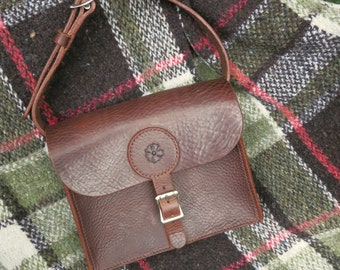 Leather shoulder bag, hand-stitched, with rose motif
