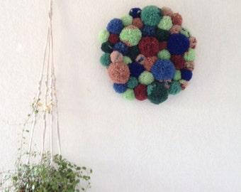 Pompom wall hang