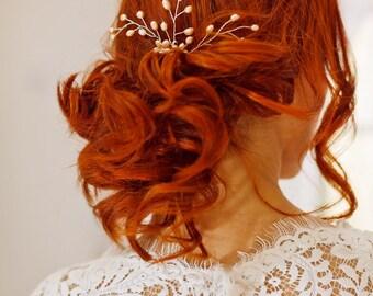 Bridal pearl hair comb,Pearl hair vine,Blush hair piece,Pearl hair spray,Wedding light pink  comb,Pale pink hairpiece,Bridal hair brooch