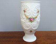 Kaiser Palermo Vase, Kaiser Porcelain Vase, Christmas Gift, Matte White Pottery, White Porcelain Vase