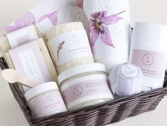 Gift basket. Spa gift set .Spa gift basket. SPA Gift set.