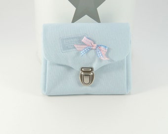 Wallet purse with quick-release buckle