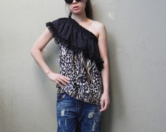 SALE, Off The Shoulder Top, Summer Top,Leopard Printed Top, Four Way Top, Womens Top, Beach Top, One Size, Boho Top, Tube Top
