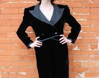 Vintage Valentino Boutique 1980s Black Velvet Dress