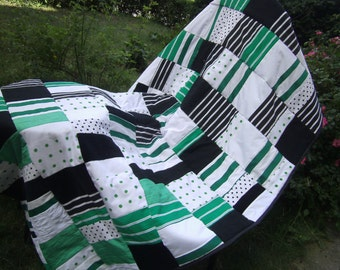 black white green Patchwork Blanket  - Farmhouse Quilt - Patchwork Blanket - Quilted Throw Blanket - Homedecor - Quilted Bedding