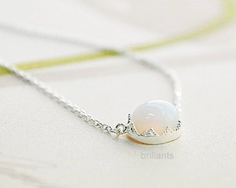 Oval white moonstone necklace in silver, White stone necklace, Everyday necklace, Wedding necklace, Mothers day gift