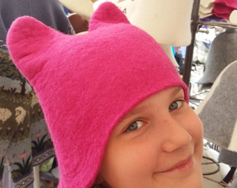 Pink Cat Hat.Felt Wool Hat.Hat for Women and Girls.Wool Felt.Bright Hats.Pink hats.Natural wool.