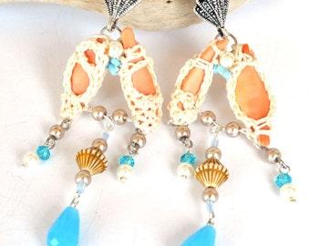 SALE, statement natural sea shells earrings, elegant neutral beachy earrings, long blue white boho earrings,crochet earrings,crochet jewelry