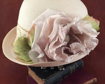 Vintage 1940's Hat- Vintage Lace and Ribbon
