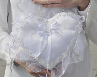 Ring pillow - white heart with lace and tulle