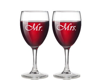 Mr. and Mrs. Wine Glasses / Set of 2 / Custom Engraved Wine Glasses / Stemmed / Personalized Glasses / Add Your Name or Date / Wedding Gift