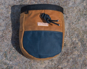 Waxed Canvas Chalk Bag, canvas chalk bag, Fernweh UK, Fernweh chalk bag, chalk pot, bouldering bag, rock climbing, gifts for climbers