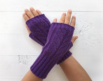 CHRISTMAS GIFT, EXPRESS Shipping, Fingerless Gloves, Purple Gloves, Winter Trend, Xmas Gift Idea, Gift For Her, Fast Delivery, Unique Gifts