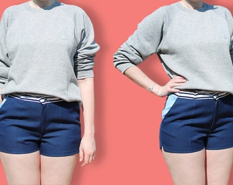 Short de Tennis 80s unisexe - Mini Short de Sport Taille Haute Color Block Bleu Marine & Bleu Ciel - Short Homme BCBG Hipster Sportswear