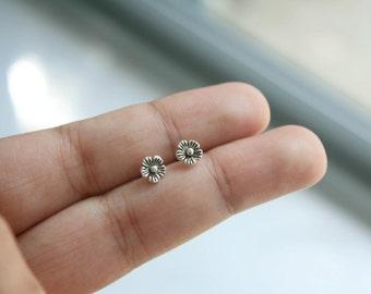 Tiny Flower Studs Earrings, Sterling Silver Flower Post Earrings, Flower Earrings, Flower Studs, Silver Tiny Flower Earring, Bridesmaid Gift