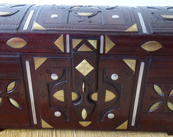 Large treasure chest craft TUAREG leather and bronze