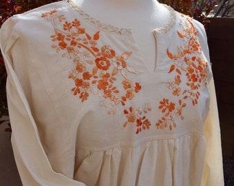 Mexican embroidered tunic  Chiapas Mexico boho blouse  Artisan clothing