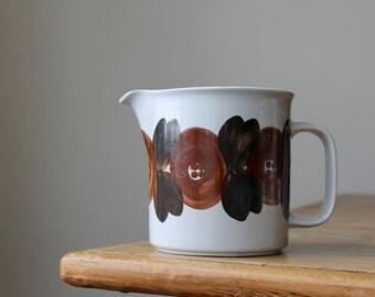 Scandinavian Modern Arabia Rosmarin Anemone Pitcher, Raija Uosikkinen Design, Vintage Ceramics