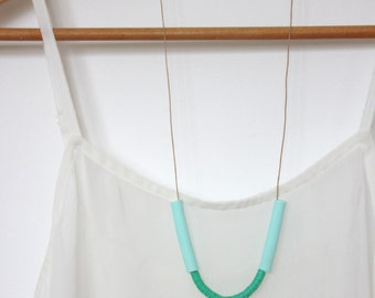 Wiggle Bay Necklace