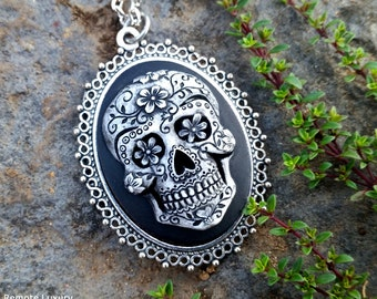 Sugar Skull Cameo necklace, Day of the Dead skeleton, Frida Kahlo mexican rockabilly jewelry, Steampunk Victorian Gothic cemetary, coachella