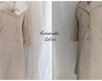 Vintage 70s womens coat, wool coat fur collar, beige tan coat, double breasted winter coat
