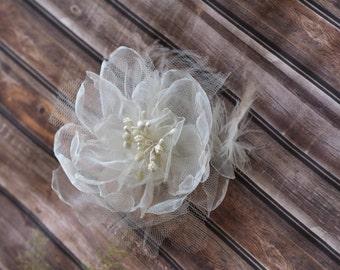 Wedding Flower Brooch, Sash Flower, Wedding Ivory Hair Flower, Feather Flower for Hair, Ivory Bridal Hair Fascinator