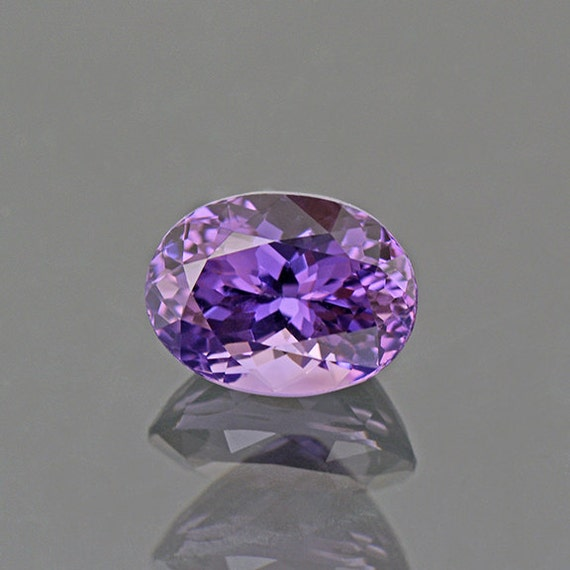 exceptional purple spinel gemstone from burma 2 70 cts