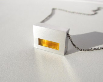 Contemporary Golden Necklace – Modern Contemporary Jewelry Design