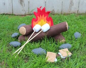 Felt Campfire and S'more Set