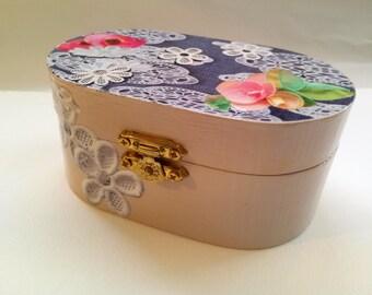 Jewelry box for girls  Teens jewelry storage box  wooden jewelry box  Gift for her  birthday girl gift  elegant jewellry box  daughter gift