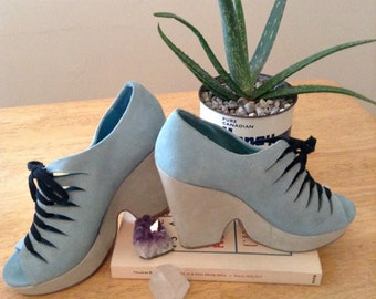 Vintage Suede Blue Platform Shoes