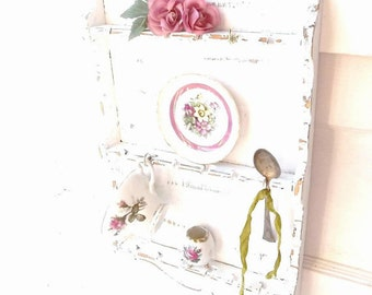 Vintage Spoon Rack. Farmhouse rustic Kitchen. Shabby distressed Shelf. Vintage White. Country Cottage Decor