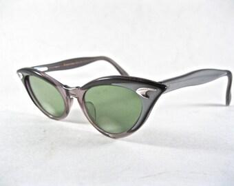 vintage cat eye glasses. silver plastic layered eyeglass frames w/ boomerang. 1950s American Optical AO 46-20