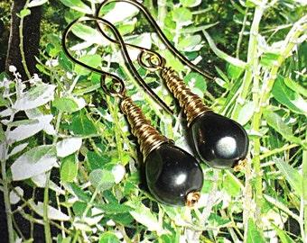 Black Pearl Earrings, Gold Wire Wrapped Earrings, Pearl Drop Earrings, Dangle Earrings