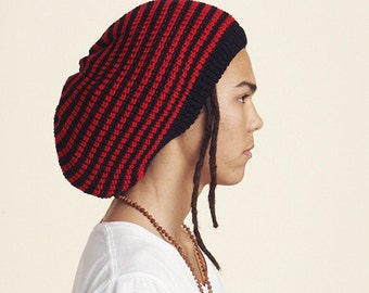 Slouchy beanie hat, striped in black and red M (MD-2008)